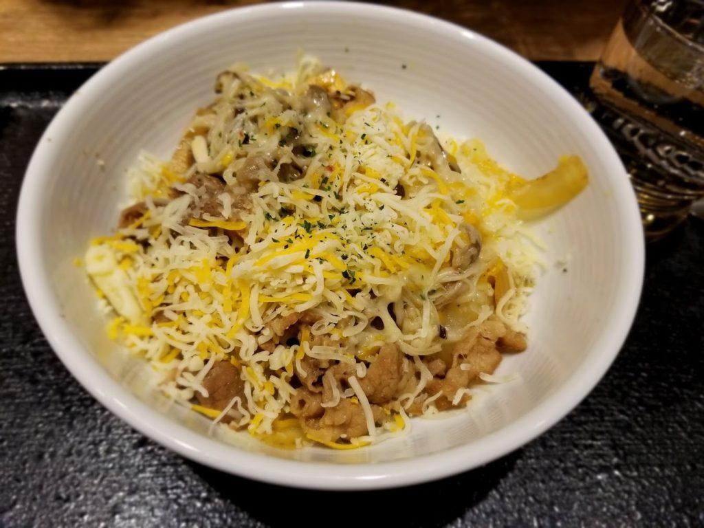 チーズペペロンチーノ丼