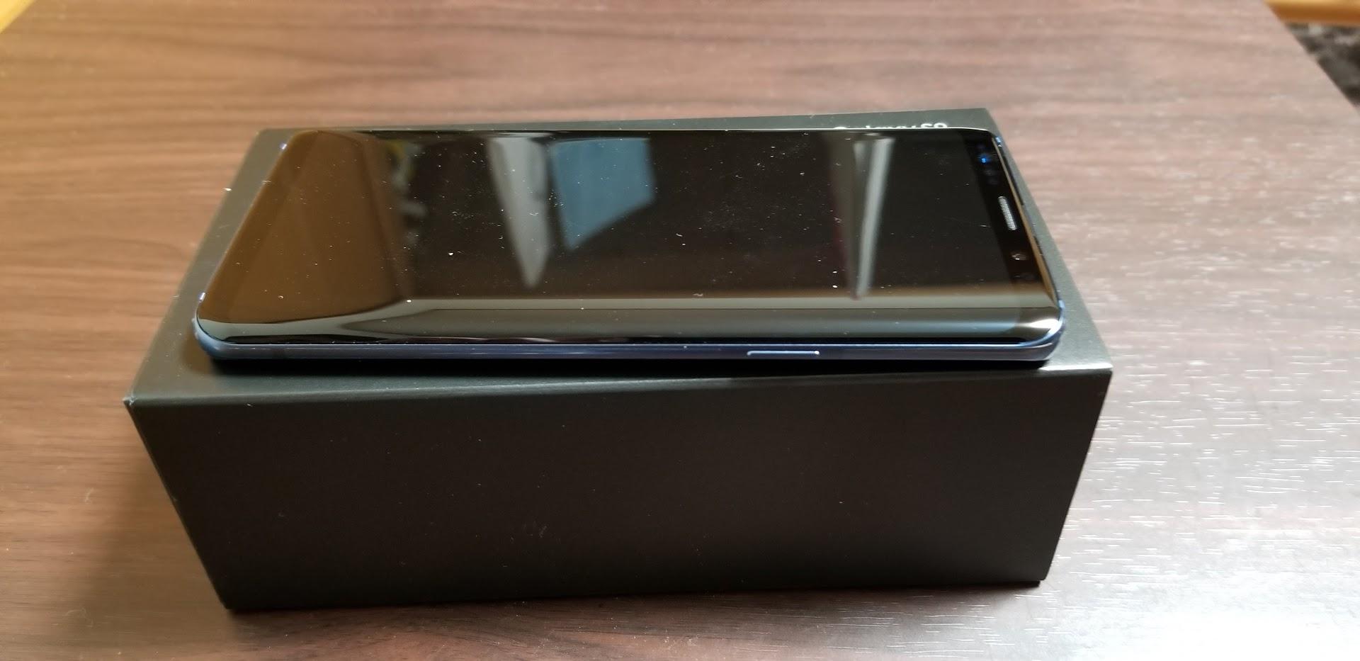 Galaxy S9 側面